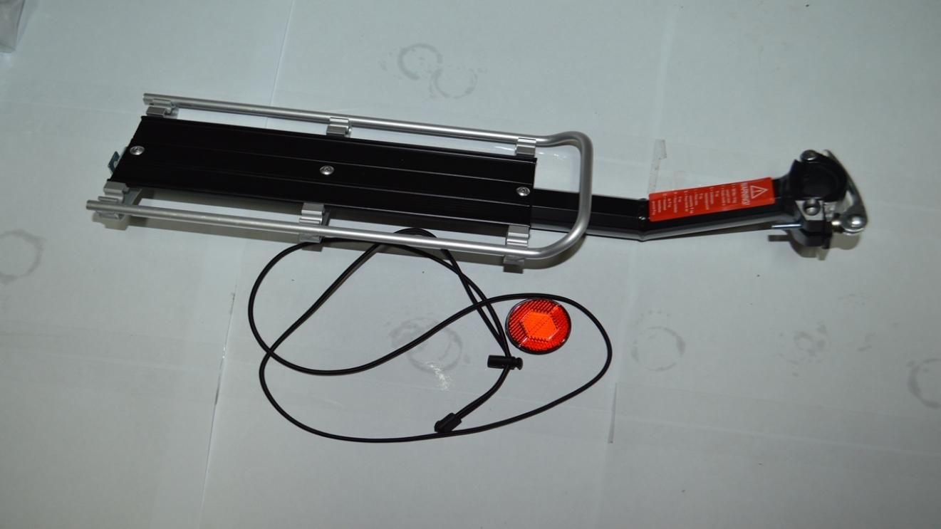 Багажник под подседельный штырь, алюминиевый, с катафотом, подходит для двухподвесов, код 3253015